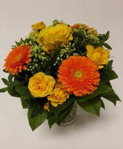Oranžový mix - růže, minigerbery, minirůže a gypsophilla