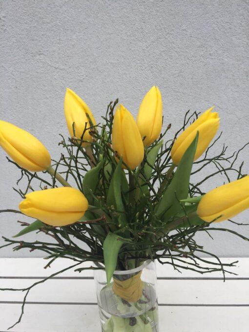 Kytice 7 žlutých velkých tulipánů