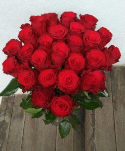 Rudé růže 25 ks – střední délka