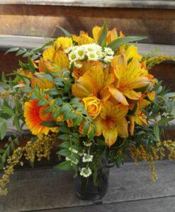 Žluto-oranžová kytice s alstromeriemi