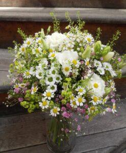 Letní kytice s heřmánkem
