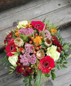Pestrá podzimní kytice