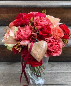 Malá romantická kytice ze srdce