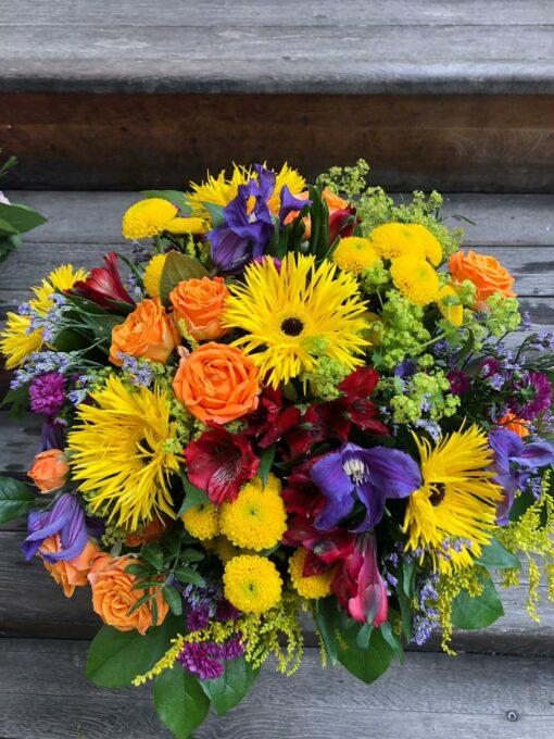 Pestrá letní kytice