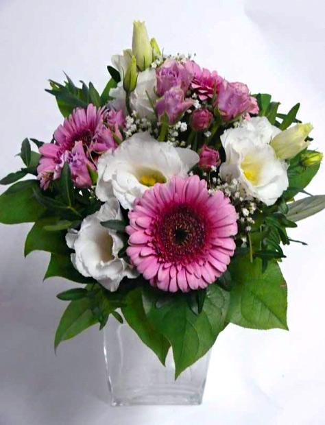 Malá kytice z minigerber